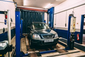 Car on mot testing station